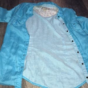 Women's blue button up